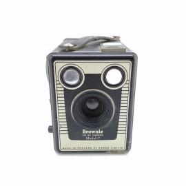 Cámara Kodak Brownie SIX-20...