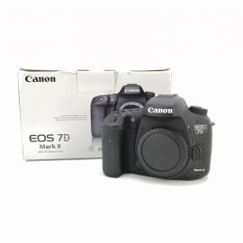 Cámara Canon 7D Mark II...