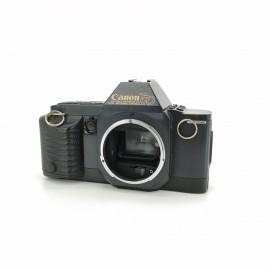Cámara analógica Canon T70...